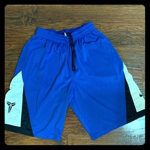 Nike Kobe Basketball shorts size large